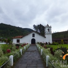 Orosi Kirche